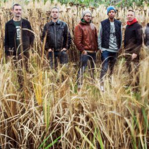 Le Peuple de l'herbe @ Le Mas des Escaravatiers - Puget S/ Argens