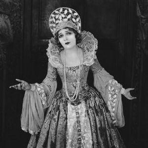 Mary Pickford - Dorothy Vernon of Hadden Hall, 1924 (2h25 @ Fondation Jérôme Seydoux-Pathé - PARIS