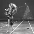 Spectacle RED NOTES + FAN DANCE à ANGERS @ LE QUAI - THEATRE 400 - Billets & Places