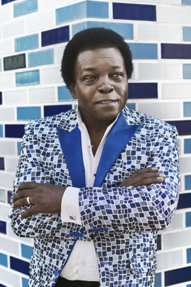 LEE FIELDS & THE EXPRESSIONS @ Astrolabe - Orléans