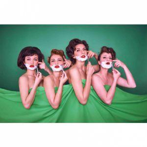 Les Sea Girls Au Pouvoir!