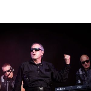 Front 242 & She Past Away Au Splendid De Lille Le 6 Juin 2021