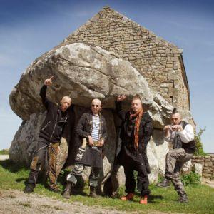 Les Ramoneurs De Menhirs + Les Gueules Noires