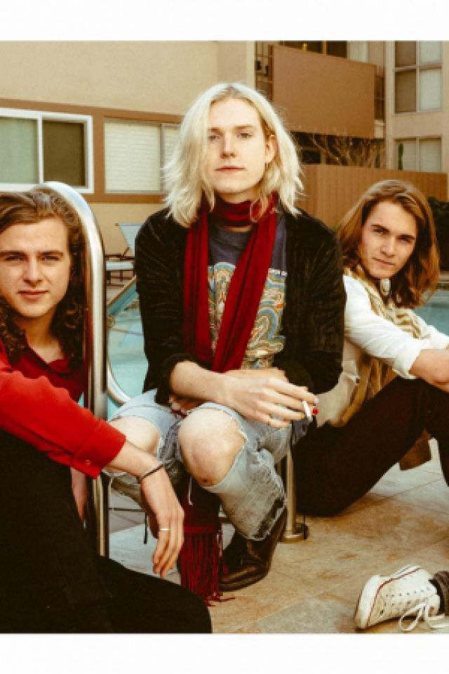 SUNDARA KARMA + BLAENAVON @ Point Ephémère - Paris