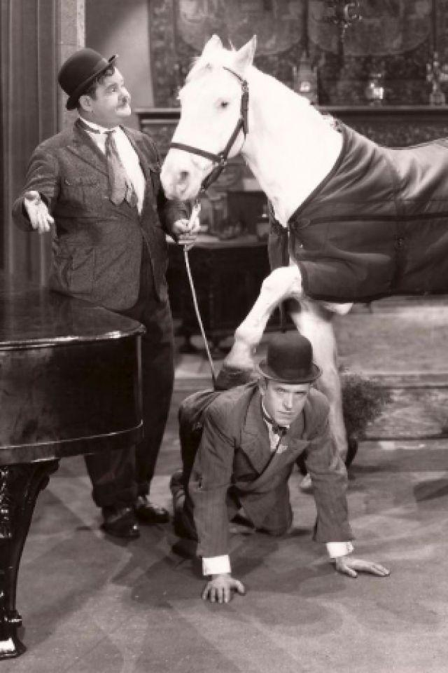 """Laurel & Hardy """"Y'a erreur"""" (50min) @ Fondation Jérôme Seydoux-Pathé - PARIS"""