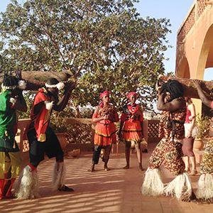 Makinu Bantu - Franck Bakekolo Et Sept Artistes