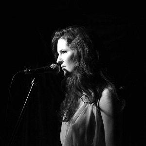Clémence DE TOURNEMIRE Chante Sarah VAUGHAN @ Sunside - Paris