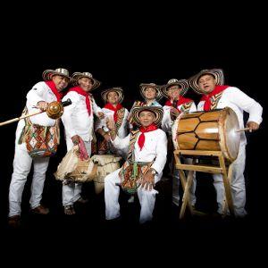 Los Gaiteros De San Jacinto + El Sofrito Del Viernes
