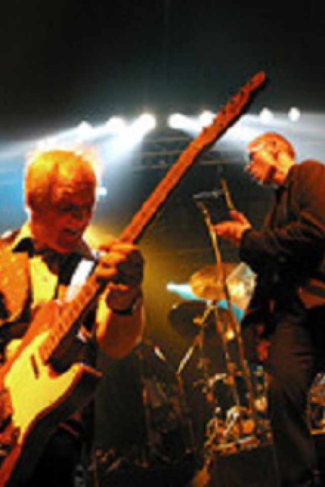 Concert DR FEELGOOD-PLASTIC INVADERS à LAVAUR @ Halle d'Occitanie - Billets & Places