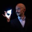 Spectacle VIKTOR VINCENT : LES LIENS INVISIBLES à COURBEVOIE @ ESPACE CARPEAUX - Billets & Places