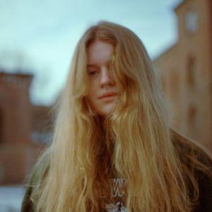 Girl In Red + Isaac Dunbar