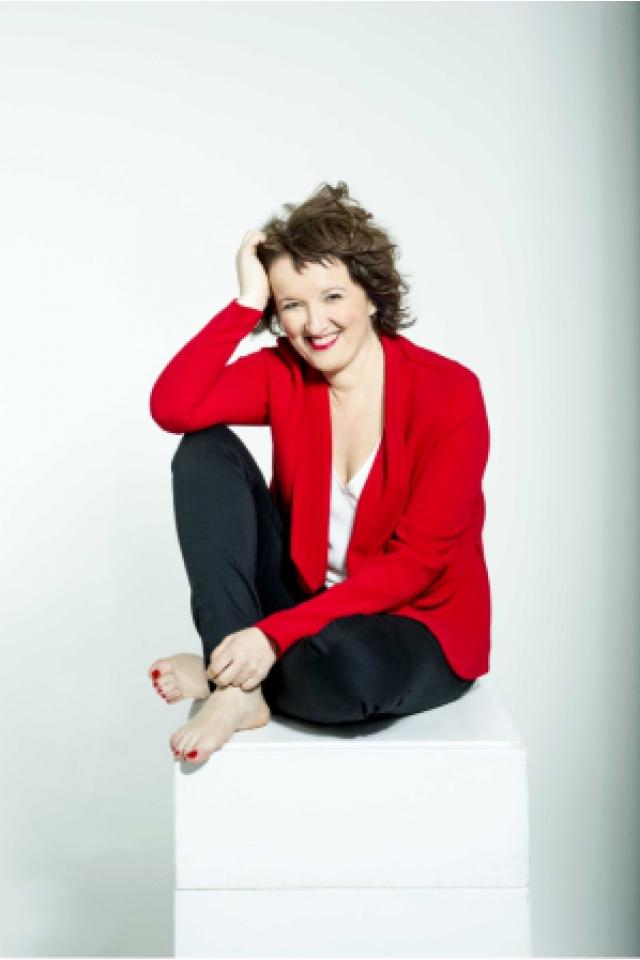 Spectacle Anne Roumanoff à DÉOLS @ Mach 36 - Billets & Places