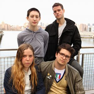FRANKIE COSMOS + KATE NV @ L'AERONEF - LILLE
