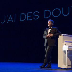 'J'ai des doutes' - Raymond Devos Par François Morel  @ THEATRE JULES VERNE - BANDOL