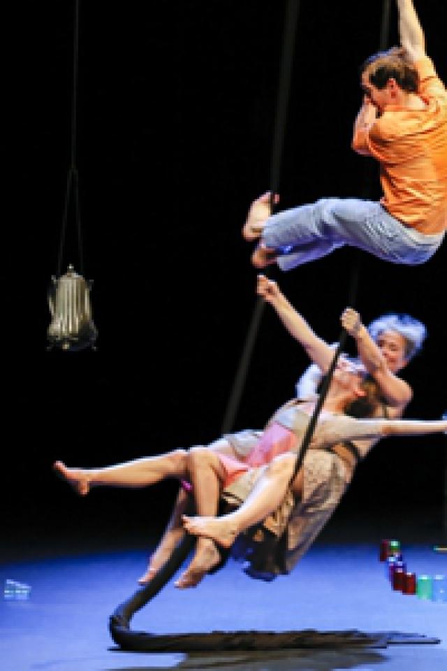 Trois fois rien @ Théâtre du Beauvaisis - Hors les murs - BEAUVAIS