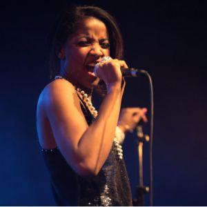 UPTOWN LOVERS + GIZELLE SMITH @ La Cave à Musique - MÂCON