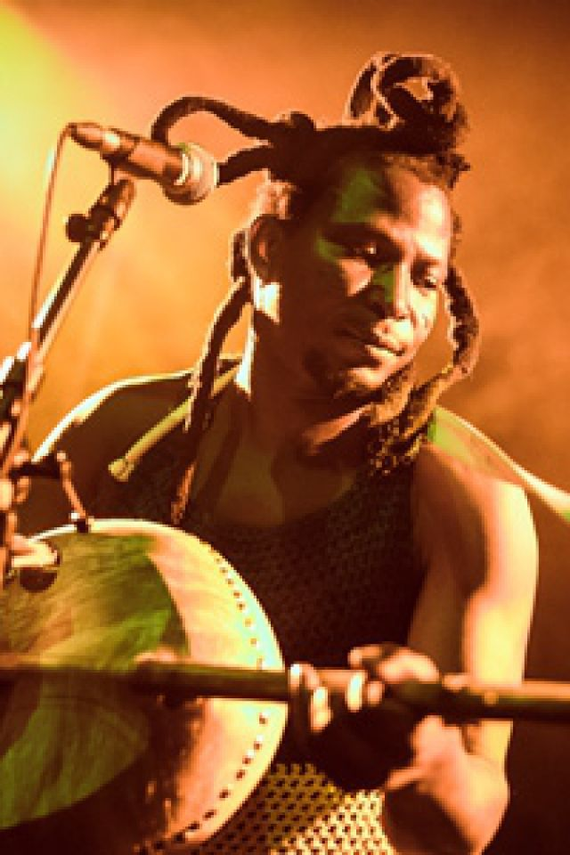 Nuit Rock & Roots : Zea & King Ayisoba / King Ayisoba / The Ex @ Atelier des Forges - ARLES