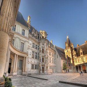 Cheval Et Magie A Blois