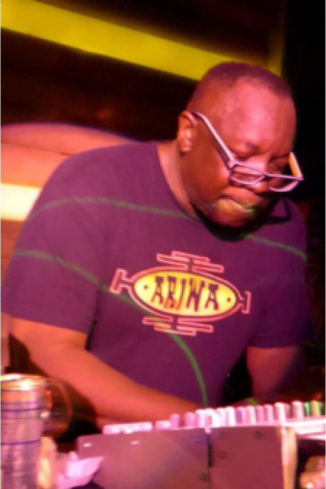 Summer Dub Festival - Mad Professor, Tetra Hydro K, Sofrito @ Glazart - PARIS 19