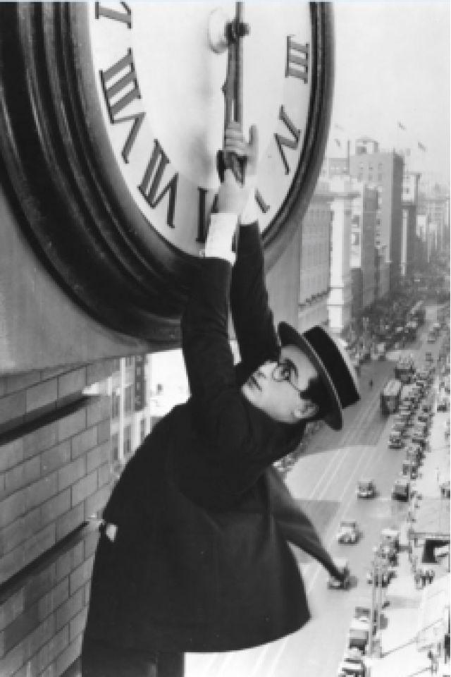 Monte là-dessus (Safety last!) - 1923 (1h10) @ Fondation Jérôme Seydoux-Pathé - PARIS